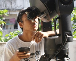 I'm observing Sun with 8inch Meade Cassigrain